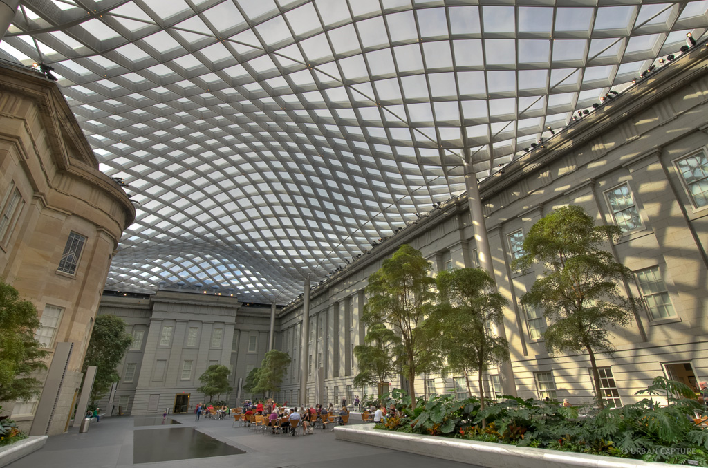 Atrium, Smithsonian Center of American Art, Washington DC, USA ...